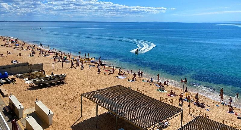 Достопримечательности Феодосии: Золотой пляж
