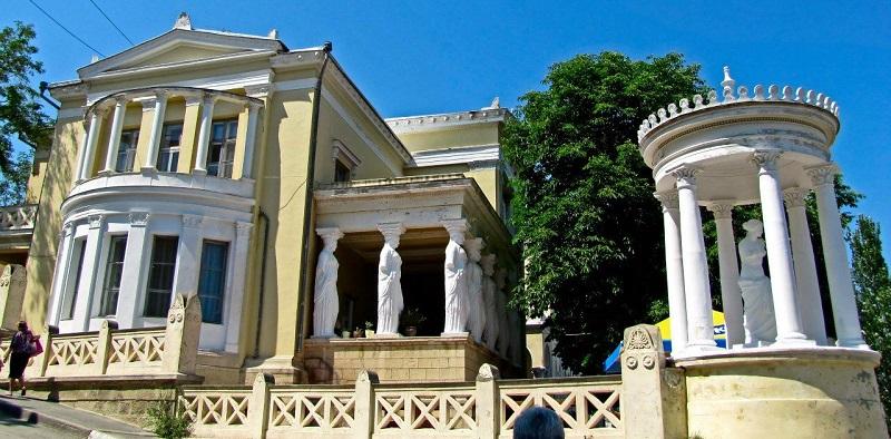 Достопримечательности Феодосии: Дача Милос