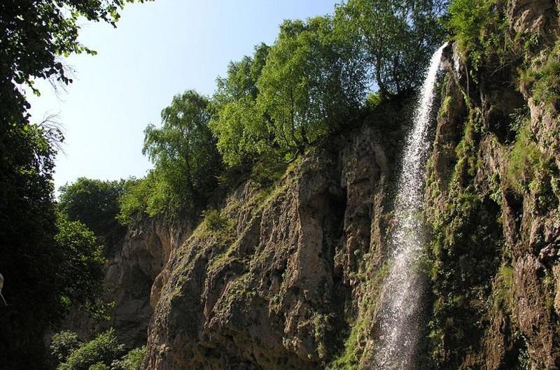 Достопримечательности Кисловодска: Медовые водопады