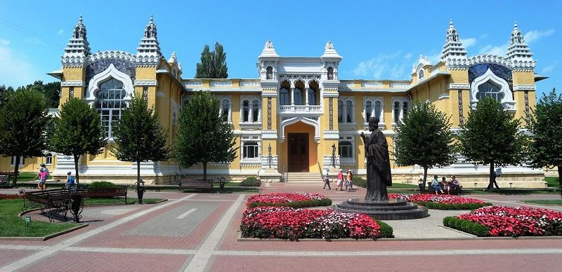 Достопримечательности Кисловодска: Главные нарзанные ванны